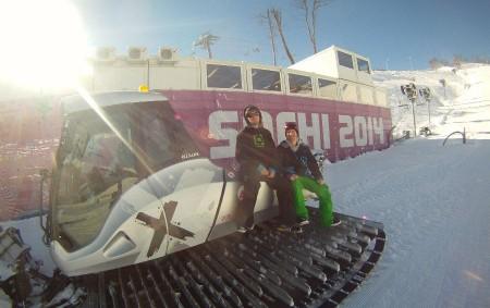"""Michal Španěl žije odmala na horách, kde začal lyžovat a postupně se dostal ke snowboardu. Tehdy ještě netušil, že díky svému koníčku zblízka nahlédne do zákulisí konání olympijských her. OLEŠNICE<a class=""""moretag"""" href=""""http://www.orlickytydenik.cz/michal-spanel-v-soci-jsem-si-splnil-vsechny-sve-sny/"""">...celý článek</a>"""