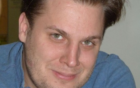 """Zpěvák Tomáš Savka zazpíval v našem regionu na dvou adventních koncertech. V Týništi ho udivilo množství diváků a atmosféra. TÝNIŠTĚ N. O./NÁCHOD – Výtěžek týnišťského koncertu, kde Tomáš Savka zpíval<a class=""""moretag"""" href=""""http://www.orlickytydenik.cz/tomas-savka-kdybych-nezpival-ani-si-nevsimnu-ze-je-advent/"""">...celý článek</a>"""