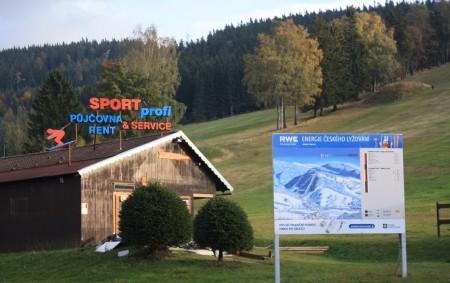 """ORLICKÉ HORY -Které novinky si pro své zákazníky přichystala ski centra v Orlických horách? Kupte si dnešní Orlický týdeník a zjistíte, jak jsou na tom v Deštném v O. h.<a class=""""moretag"""" href=""""http://www.orlickytydenik.cz/jak-se-horska-strediska-pripravuji-na-zimu/"""">...celý článek</a>"""