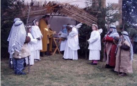 """TŘEBECHOVICE P. O. -Masarykovo náměstí a Třebechovické muzeum betlémů vTřebechovicích pod Orebem bude hostit užtřetíBetlémské trhy. Konají se 17. prosince od 9 do 16 hodin. Organizátoři slibujíatmosféru staročeských Vánoc, tvořivé<a class=""""moretag"""" href=""""http://www.orlickytydenik.cz/betlemske-trhy-chystaji-v-trebechovicich-2/"""">...celý článek</a>"""