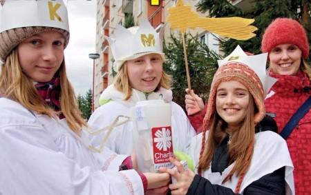"""ČESKÉ MEZIŘÍČÍ – Vsobotu 5. ledna proběhla vČeském Meziříčí Tříkrálová sbírka 2019, při které bylo vybráno vRohenicích 9675 korun, ve Skršicích 5891 korun a vsamotném Českém Meziříčí 44523 korun. Dohromady<a class=""""moretag"""" href=""""http://www.orlickytydenik.cz/vytezek-sbirky-pujde-na-charitu/"""">...celý článek</a>"""
