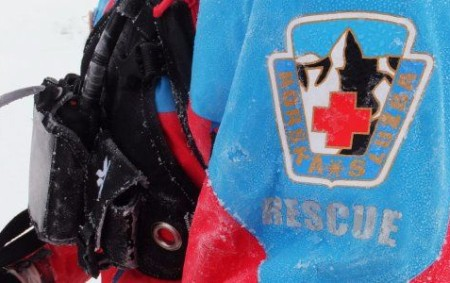 """ORLICKÉ HORY – Mladá žena na sjezdové dráze vOlešnici vOrlických horách ve středu odpoledne připravovala slalomovou trať, vprůběhu této činnosti upadla na laminátovou tyč a propíchla si stehno. Horskou službu<a class=""""moretag"""" href=""""http://www.orlickytydenik.cz/horska-sluzba-pomahala-se-zachranou-zeny-s-probodenym-stehnem/"""">...celý článek</a>"""