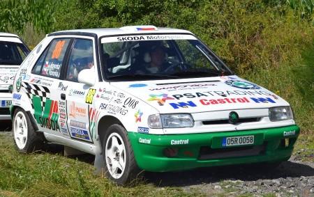 """PAČEJOV - EPLcond Rally Agropa v Pačejově byla další soutěží seriálu Rallysprint Série. Do startovní listiny se zapsal neuvěřitelný počet 151 posádek. Do kategorie číslo 14 se přihlásili i bratři<a class=""""moretag"""" href=""""http://www.orlickytydenik.cz/bratri-hovorkove-zarili-na-rally-agropa/"""">...celý článek</a>"""