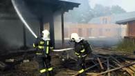 ORLICKOÚSTECKO – Ve středu 28. září vodpoledních hodinách zasahovalo pět jednotek hasičů u požáru dřevostavby ve Vysokém Mýtě. Jednalo se o dřevostavbu, která měla v budoucnu sloužit jako umělecký ateliér.