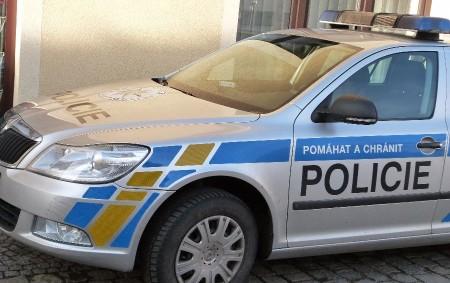 """RYCHNOVSKO -Běžná silniční kontrola se v úterý5. února proměnila v zákazjízdy. """"Hlídkanašich dopravních policistů spolu spolskýmkolegoupo poledniměřila rychlost jízdy vozidel, projíždějícíchOhnišovem. Jedná se o jednu z tranzitních obcí, kterou řidiči<a class=""""moretag"""" href=""""http://www.orlickytydenik.cz/pirat-silnic-prosvistel-ohnisovem-nasledovala-vysoka-kauce/"""">...celý článek</a>"""