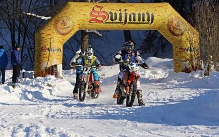 """Pořadatelem 2. MČR v motoskijöringu """"Orion Shiva KTM Cup 2017"""" byl 22. ledna SMX racing team Rudník. Na trati v blízkosti obecního úřadu připravili místní pořadatelé technickou trať s délkou<a class=""""moretag"""" href=""""http://www.orlickytydenik.cz/mnuk-s-langerem-ovladli-druhy-zavod-v-rudniku/"""">...celý článek</a>"""