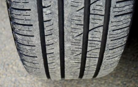 """RYCHNOVSKO – Hned dvě obvodní oddělení na Rychnovsku zadokumentovala během prvního červnového víkendu krádeže zimních pneumatik z garáží. Po pachatelích policisté pátrají. """"Policisté Obvodního oddělení Dobruška šetří případy krádežízedvou garáží<a class=""""moretag"""" href=""""http://www.orlickytydenik.cz/na-rychnovsku-z-garazi-zmizely-zimni-pneumatiky/"""">...celý článek</a>"""