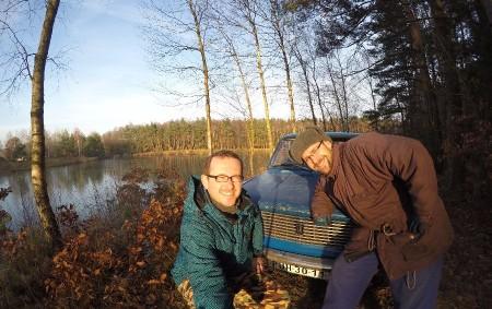 """ČESTICE –Velký pátek bude tím dnem, kdy se Filip Vogel a Petr Javůrek vydají na cestu kolem světa s originálním partnerem – žigulem. Více se dozvíte zde V garáži čestického<a class=""""moretag"""" href=""""http://www.orlickytydenik.cz/cesticky-zigul-vyrazi-na-cestu/"""">...celý článek</a>"""