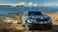 """KVASINY – """"Škoda Karoq je výrazně větší než Yeti. Na délku se protáhla o 16 cm na 4,38 metru, na šířku o necelé čtyři centimetry na 1,83 m. Zavazadlový prostor"""