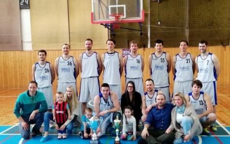 """RYCHNOV N. K. – Basketbalisté Rychnova, kteří skončili po základní části Východočeské ligy na druhém místě, uspořádali závěrečný turnaj Final Four. Vsemifinále porazili béčko Svitav, ve finále deklasovali Přelouč a<a class=""""moretag"""" href=""""http://www.orlickytydenik.cz/basketbaliste-rychnova-ovladli-final-four/"""">...celý článek</a>"""