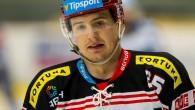 HRADEC KRÁLOVÉ - Výborné dva roky má za sebou Rudolf Červený, v tom posledním nastoupil kvůli zranění sice jen k 36 ligovým zápasům, i tak v nich stihl 24 bodů
