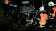 """PARDUBICKO - Do Horních Ředic, kde se stala tragická nehoda, vyjeli vpátek 22. září v2.38 hodin profesionální hasiči zHolic a dobrovolní hasiči z Dašic. Při příjezdu na místo hasiči zjistili,<a class=""""moretag"""" href=""""http://www.orlickytydenik.cz/stret-osobniho-auta-s-nakladnim-skoncil-tragicky/"""">...celý článek</a>"""