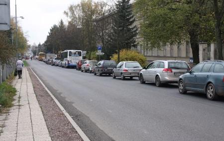 """RYCHNOVSKO –Průjezd Rychnovem připomíná v posledních týdnech noční můru.Dopravní situace v Rychnově nad Kněžnou a okolí působí jako špatný vtip. Pojďte si přečíst, jak probíhal minulé úterý den za volantem<a class=""""moretag"""" href=""""http://www.orlickytydenik.cz/spatny-vtip-jmenem-prujezd-rychnovem-nad-kneznou/"""">...celý článek</a>"""