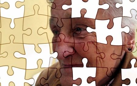 """ALBRECHTICE N. O. –Nějaká forma této nemoci se vyskytuje u více než sedmi milionů obyvatel Evropy. Alois Alzheimer ji poprvé popsal před sto deseti lety. V konečných důsledcích se člověku<a class=""""moretag"""" href=""""http://www.orlickytydenik.cz/alzheimer-nevylecitelna-nemoc-nici-lidskou-osobnost/"""">...celý článek</a>"""