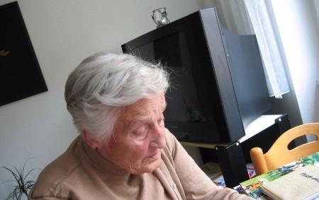"""Předposlední letošní vydání Orlického týdeníku píše o výši důchodů v příštím roce, odměnách ve Škodovce, ale také o změnách jízdních řádů. Připravili jsme také adventně laděný rozhovor se zpěvačkou Nelly<a class=""""moretag"""" href=""""http://www.orlickytydenik.cz/o-duchodech-odmenach-v-automobilce-a-korejske-fotbalove-armade-pise-nove-cislo-orlickeho-tydeniku/"""">...celý článek</a>"""