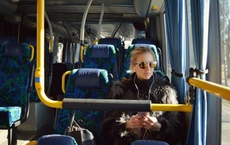 """REGION – Autobusová doprava v Královéhradeckém kraji je od 1. dubna zajištěna ve stejném rozsahu a kvalitě, jako tomu bylo dosud. Radní schválili nové smlouvy s osmi dopravci, kteří k<a class=""""moretag"""" href=""""http://www.orlickytydenik.cz/autobusy-pojedou-od-zacatku-dubna-jako-dosud-kraj-zaplati-vice/"""">...celý článek</a>"""