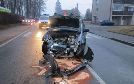 """RYCHNOVSKO – K šesti dopravním nehodám vyjížděli v úterý dopravní policisté spolu se svými kolegy z příslušných obvodních oddělení. Utří z nich byli účastníci zraněni. Jeden z řidičů řídil vůz<a class=""""moretag"""" href=""""http://www.orlickytydenik.cz/nehoda-v-castolovicich-ridic-podcenil-alkohol-za-volantem/"""">...celý článek</a>"""