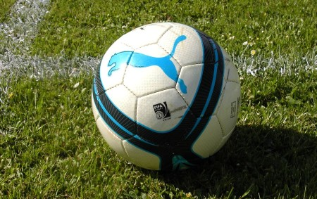 """FOTBAL Krajský přebor SO 5. 5. 17.00 SK Libčany – FC Spartak Rychnov. NE 6. 5. 17.00 FK Kostelec n. O. – FK Chlumec n. C. (hř. Zdelov). I.A třída<a class=""""moretag"""" href=""""http://www.orlickytydenik.cz/sportovni-pozvanky-na-5-6-kvetna/"""">...celý článek</a>"""