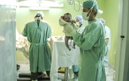 """RYCHNOV N. K. – Zvláště budoucí maminky z Rychnovska,které mají termín porodu v červenci, by měly zpozornět. Od 9. do 22. července se totiž uzavře celé gynekologicko-porodnické oddělení rychnovské nemocnice,<a class=""""moretag"""" href=""""http://www.orlickytydenik.cz/rychnovska-porodnice-se-na-dva-tydny-uzavre/"""">...celý článek</a>"""