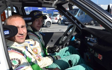 """RYCHNOVSKO - V okolí západočeských Horažďovic pokračoval seriál Autoklub Rallysprint Série """"INVELT Rally Pačejov"""". Pořadatelé i diváci museli být spokojeni s vysokým počtem 147 soutěžících posádek. Inu, poslední možnost pro<a class=""""moretag"""" href=""""http://www.orlickytydenik.cz/bratri-hovorkove-vyhrali-v-pacejove-tridu-14/"""">...celý článek</a>"""