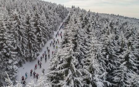 """RYCHNOVSKO - Největší tuzemský seriál závodů v běhu na lyžích spouští registrace. Se šesti závody navštíví již podvanácté pět českých horských lokalit. A ani příští zimu nevynechá Orlické hory. Registrace<a class=""""moretag"""" href=""""http://www.orlickytydenik.cz/skitour-spousti-registrace-na-sezonu-2019/"""">...celý článek</a>"""