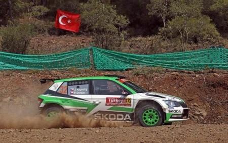 """Pátý start v mistrovství světa v automobilových soutěžích proměnil v páté vítězství v kategorii WRC2. Po triumfu v Turecku je český jezdec Jan Kopecký jen kousíček od titulu ve druhé<a class=""""moretag"""" href=""""http://www.orlickytydenik.cz/titul-pro-kopeckeho-je-blizko/"""">...celý článek</a>"""