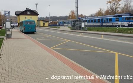 """RYCHNOV N. K. –V Rychnově nad Kněžnou stále fungují dvě autobusová nádraží. Nový dopravní a přestupní terminál v Nádražní ulici má nahradit ten původní, který stále funguje vedle obchodního domu<a class=""""moretag"""" href=""""http://www.orlickytydenik.cz/je-dopravni-terminal-v-rychnove-pro-cestujici-bezpecny/"""">...celý článek</a>"""