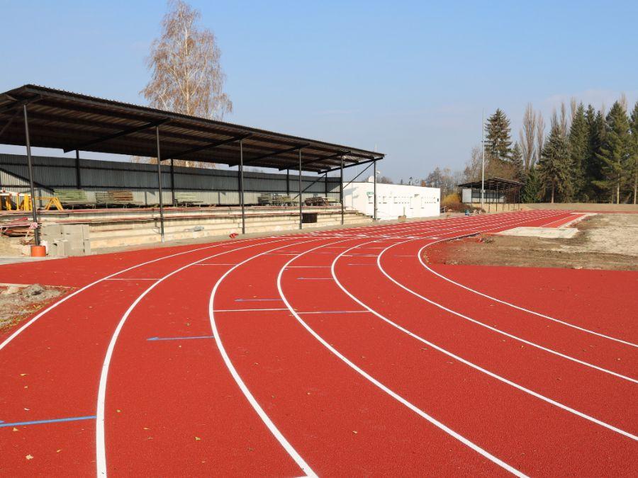 Stadion Dobruska reko 04
