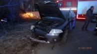 """JAVORNICE – Profesionální hasiči zRychnova nad Kněžnou vyjeli ve čtvrtek 21. března v5.06 hodin knahlášené dopravní nehodě osobního vozidla, které narazilo do svahu. Při nehodě nedošlo kúniku kapalin, hasiči zabezpečili<a class=""""moretag"""" href=""""http://www.orlickytydenik.cz/auto-narazilo-do-svahu/"""">...celý článek</a>"""