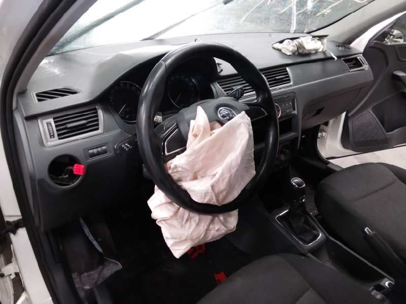 Terčem zloděje byly opět airbagyViewImage