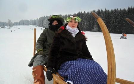 """ORLICKÉ ZÁHOŘÍ – Tradiční loučení se zimou se uskuteční v sobotu 16. března od 11 hodin ve ski areálu na Černé Vodě v Orlickém Záhoří. Program se koná v rámci<a class=""""moretag"""" href=""""http://www.orlickytydenik.cz/na-cerne-vode-se-budou-loucit-se-zimou/"""">...celý článek</a>"""