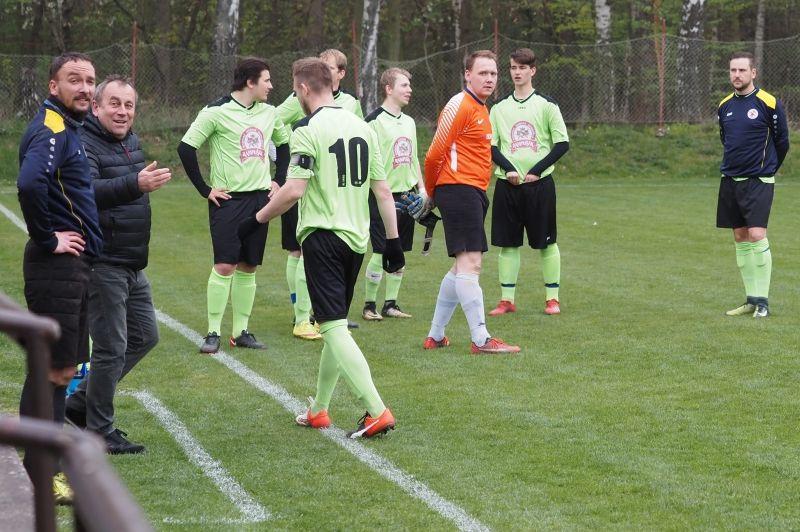 Fotbalisté Dobrušky po debaklu v Libčan předvedli nečekaný obrat v poháru na hradecké Lokomotivě.
