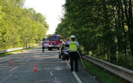 """RYCHNOVSKO – Oznámení o dopravní nehodě na silnici č. II/321 v úseku mezi Častolovicemi a Liblí přijal operační důstojník ve středu 5. června ráno v06.40 hodin. Na místo ihned vyjely<a class=""""moretag"""" href=""""http://www.orlickytydenik.cz/ridicku-transportoval-vrtulnik-do-nemocnice/"""">...celý článek</a>"""