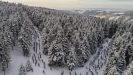 RYCHNOVSKO – Šest závodů, pět různých destinací českých hor, tisíce závodníků všech věkových kategorií a desetitisíce naběhaných kilometrů. Kdy a kde? Další ročník největšího českého seriálu v běhu na lyžích,