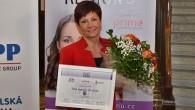KRAJ - Titul jubilejního 10. ročníku ankety Žena regionu získala Oldřiška Mencáková, která pomáhá mentálně postiženým. Ve veřejném hlasování získala nejvíce hlasů z deseti nominovaných výjimečných žen z Královéhradeckého kraje.