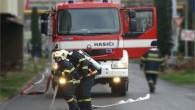 DEŠTNÉ VO. H. - Profesionální hasiči zDobrušky a místní dobrovolná jednotka likvidovali 15. října v05.48 hodin požár dvou plastových kontejnerů na odpad. Při události nevznikla žádná škoda. Čtenářská diskuze
