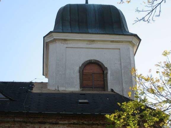 Z kostela v Deštném zmizelo měděné oplechování  1 ViewImage