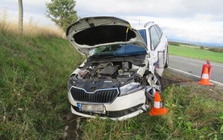 """RYCHNOVSKO -Hlídka z rychnovské skupiny dopravních nehod vyjížděla 3. října odpoledne k dopravní nehodě tří aut. Událost se naštěstí obešla bez zranění účastníků incidentu. """"Řidič nákladního auta značky Mercedes Benz<a class=""""moretag"""" href=""""http://www.orlickytydenik.cz/manevr-pri-odbocovani-vlevo-skoncil-dopravni-nehodou/"""">...celý článek</a>"""