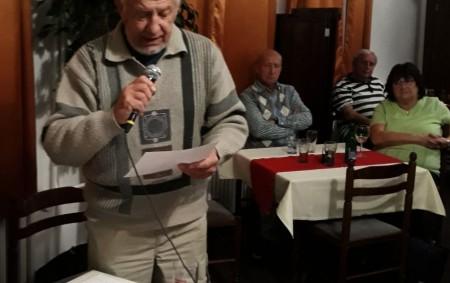 """RYCHNOV N. K. –Na velké chvíle Sametové revoluce v Rychnově zavzpomínali aktéři listopadových událostí. V salonku restaurace Národní dům v Rychnově nad Kněžnou se v neděli 17. listopadu uskutečnilo vzpomínkové<a class=""""moretag"""" href=""""http://www.orlickytydenik.cz/vzpominkove-setkani-clenu-of-k-listopadu-89-v-rychnove/"""">...celý článek</a>"""