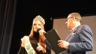 VAMBERK – Jedna z nejkrásnějších žen planety se vrátila do rodného regionu. Česko-Slovenská Miss, Česká Miss Earth 2019 a bronzová ze soutěže Miss Earth Klára Vavrušková z Kostelce nad Orlicí