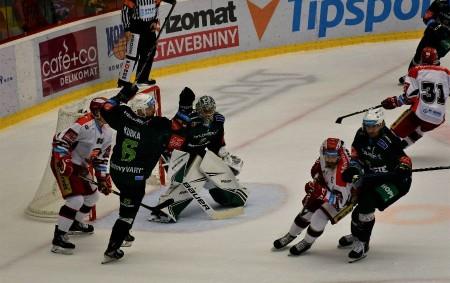 "HOKEJ Champions Hockey League ST 13. 11. 18.00 Mountfield HK – Adler Mannheim.  Tipsport extraliga PÁ 15. 11. 18.30 HC Sparta Praha – Mountfield HK. NE 17. 11. 14.20<a class=""moretag"" href=""http://www.orlickytydenik.cz/sportovni-pozvanky-na-13-17-listopadu/"">...celý článek</a>"