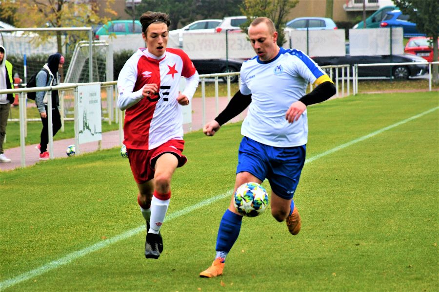 FC Slavia Hradec Králové B - Spartak Opočno.    Foto: Markéta Vlachová.