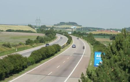 """Jak to bude s dostavbou dálnice D11, schodek krajského rozpočtu a historie rychnovského Společenského centra, to jsou jen některá z témat nového vydání Orlického týdeníku. Píšeme také o změně územního<a class=""""moretag"""" href=""""http://www.orlickytydenik.cz/jak-to-bude-s-dostavbou-dalnice-d11-schodek-krajskeho-rozpoctu-a-historie-rychnovskeho-spolecenskeho-centra-to-je-novy-orlicky-tydenik/"""">...celý článek</a>"""