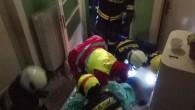 KOSTELEC N. O. – Dvě posádky rychlé zdravotnické pomoci zvýjezdové základny Rychnov nad Kněžnou spolu slékařem 23. ledna ve 23. 23 hodin vnoci zasahovaly u požáru domu vKostelci nad Orlicí.