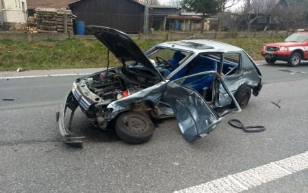 """DOBRUŠKA – Profesionální jednotkazDobrušky zasahovala vúterý 10. března u dopravní nehody tří osobních vozidel, při které došlo kúmrtí jedné osoby. Další člověk byl při události zraněn. Nehoda se stala na<a class=""""moretag"""" href=""""http://www.orlickytydenik.cz/v-dobrusce-se-stala-smrtelna-nehoda/"""">...celý článek</a>"""
