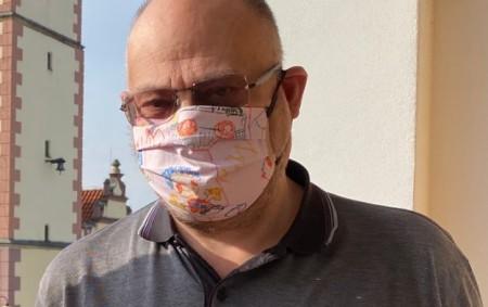 """DOBRUŠKA –Také Dobruška bojuje s koronavirem, přestože zde zatím není žádný potvrzení případ nákazy. Nápor koronavirové pandemie klade vysoké nároky i na obecní samosprávu. Situaci v Dobrušce čtenářům Orlického týdeníku<a class=""""moretag"""" href=""""http://www.orlickytydenik.cz/lzicar-dekuji-vsem-kdo-pomahaji-zvladnout-situaci/"""">...celý článek</a>"""