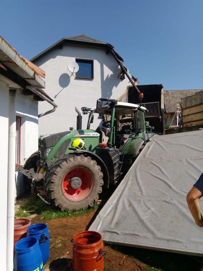 pergola traktorViewImage