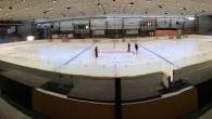 NÁCHOD - Od 1. července je znovu otevřen zimní stadion v Náchodě a ledová plocha připravena k využití. V měsíci červenci bude ledovou plochu využívat hokejová škola Young Talents a