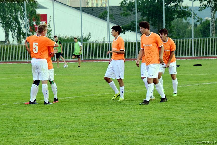 Fotbalisté Kostelce A se v Černilově radovali z gólu pouze jednou a poté vypadli z poháru jako poslední náš zástupce.   Foto: fotbalfoto.