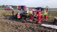 PARDUBICKÝ/KRÁLOVÉHRADECKÝ KRAJ - Ve čtvrtek 24. září vdopoledních hodinách byl vyhlášen poplach všem složkám integrovaného záchranného systému. Na dálnici D11 nedaleko u obce Chýšť havaroval řidič dodávkového vozidla, které skončilo